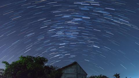 Night Sky with the Star Tracks 4K Timelapse Version 2 영상물