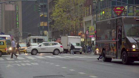 Nyc Busy Street Traffic, Crowd Pedestrian People Crossing Street Footage
