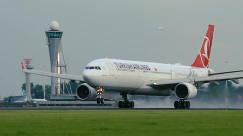 Break away of Turkish Airlines Airbus A330 Footage