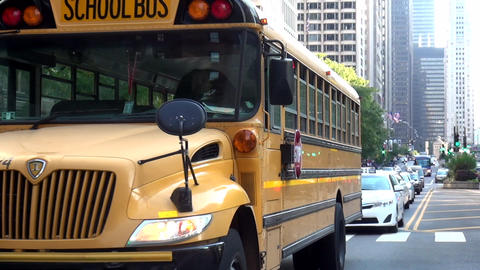 School Bus in Chicago - CHICAGO, ILLINOIS/USA Footage
