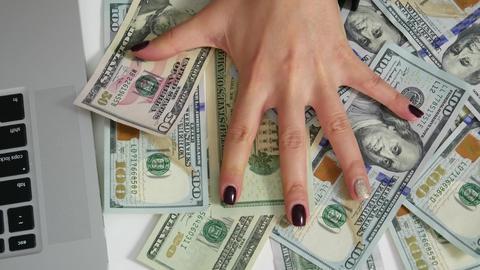 Hundred dollar bills keep hand Foto