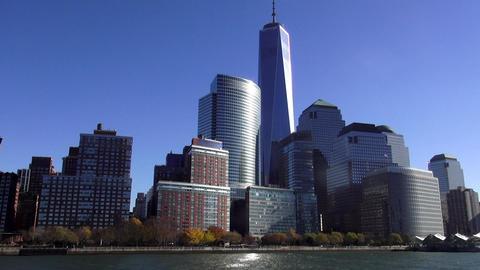 Manhattan Financial district with new World Trade Center – MANHATTAN, NEW YORK Live Action