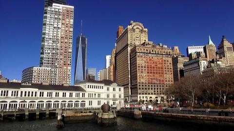 Manhattan Downtown Battery Park – MANHATTAN, NEW YORK/USA NOVEMBER 20, 2013 Live Action
