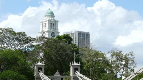 Cavenagh Bridge with the Victoria Theatre & Concert Hall tower Live Action