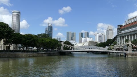 Singapore river with the Cavenagh Bridge Footage