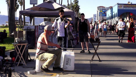 Street musicians at Venice Beach Los Angeles – LOS ANGELES, CALIFORNIA NOVEMBE Footage