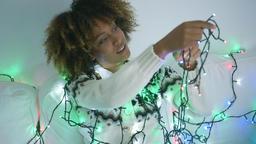 Charming model untangling garland Archivo