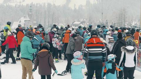 BIALKA TATRZANSKA, POLAND - FEBRUARY 4, 2018. Crowded alpine ski slope, the Footage