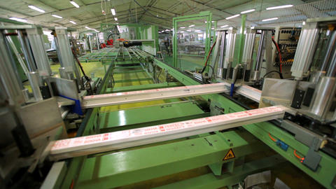 Line production of plastic windows. working machine for the manufacture of 영상물
