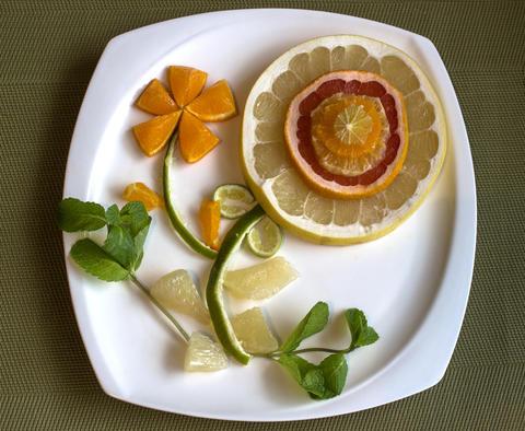 Flower of citrus fruit with mint decoration Fotografía