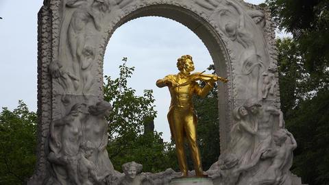Monument to Johann Strauss. Vein. Vienna. Wien. Austria. 4K Footage