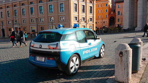 BMW i3 Police Car In Italy - Rear View Bild