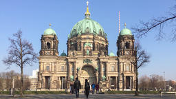 Tourists At Berliner Dom, Berlin Cathedral, On Museum Island In Berlin, Germany 영상물