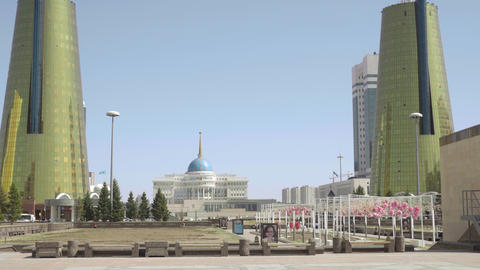 Center of new Astana ビデオ