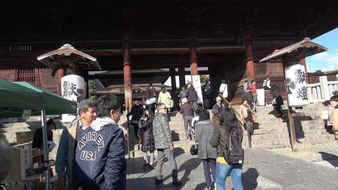 JAPAN NAGANO ZENKOJI-Temple Gate Live Action