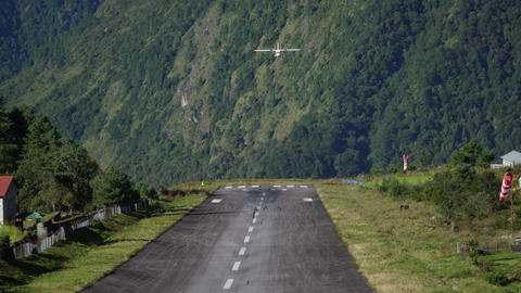 Landing aircraft at Tenzing-Hillary Airport in Lukla Footage