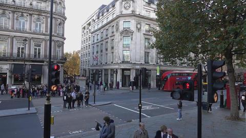 Trafalgar Square street corner - LONDON, ENGLAND Live Action