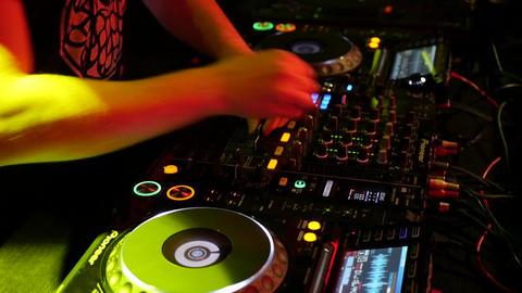 Dj playing music in a club ภาพวิดีโอ