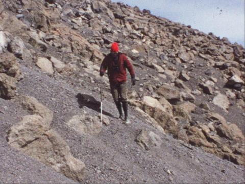 Mountain summit 4 Live Action