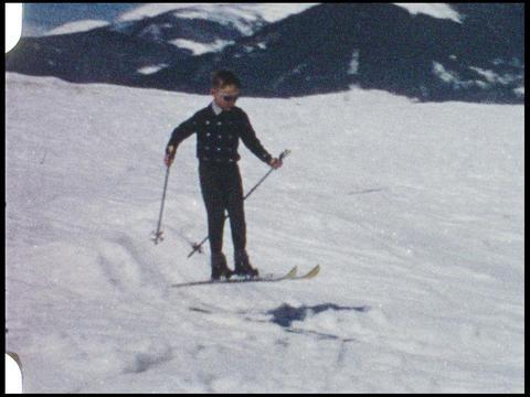 Skiing 03 Footage