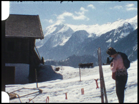 Skiing 02 Live Action