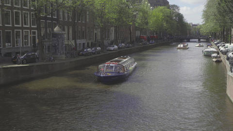 Canal cruise boat in Amsterdam Archivo