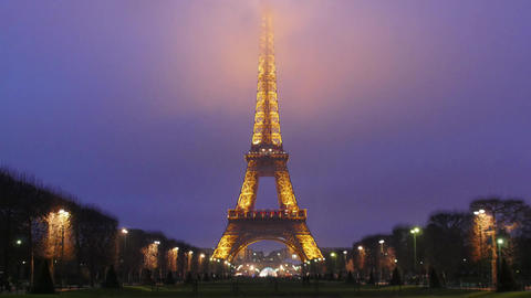 Eiffel Tower-Paris-France-Time Lapse Footage