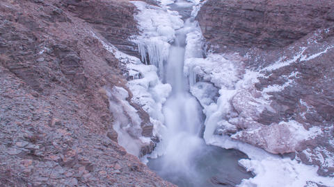 Icy Waterfall Timelapse- Arisaig Provincial Park, Nova Scotia ビデオ