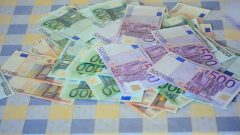Euro Money Props Making a Big Deal Image