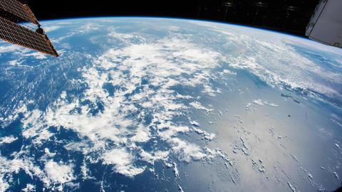 Planet Earth 영상물