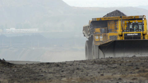 Mining dump truck 037 Stock Video Footage