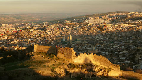 Medina in Fes at sunset, Morocco, timelapse ビデオ