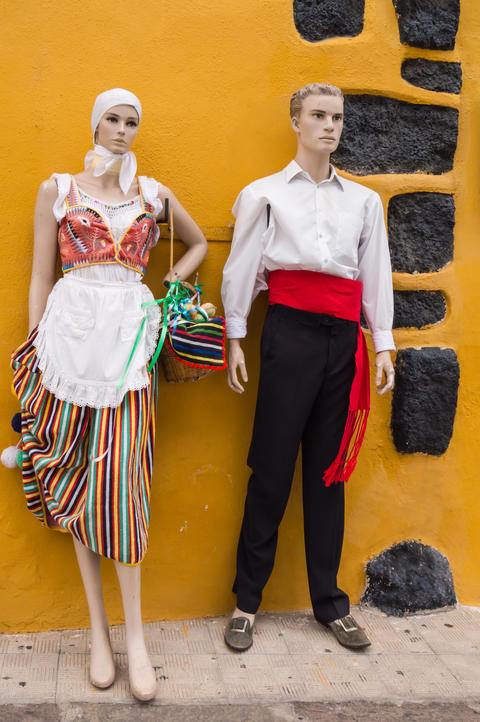 Couple of models dressed in traditional Canarian フォト