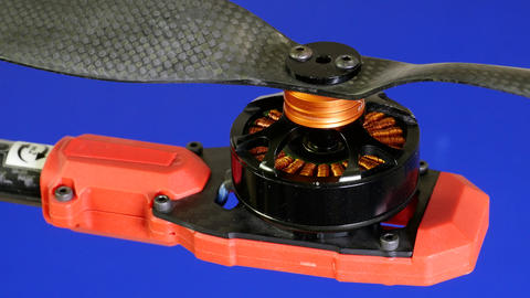 Brushless motor spinning with the propeller. Brushless DC motors tend to be Live Action