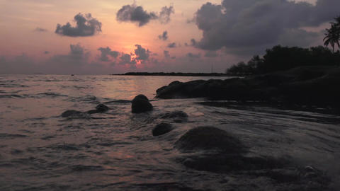 Sunset over the Indian Ocean. Maldives video Archivo