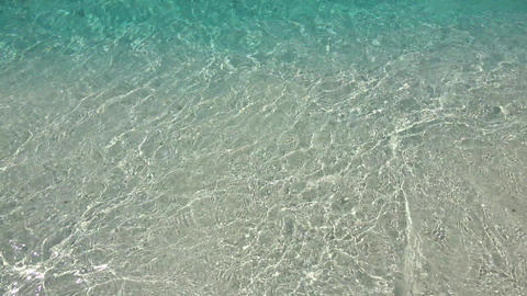 Wave and shore in the Indian Ocean. Maldives video Archivo