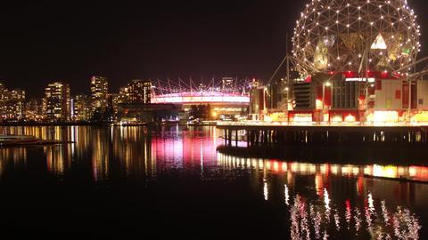Vancouver False Creek Skyline at Night ビデオ