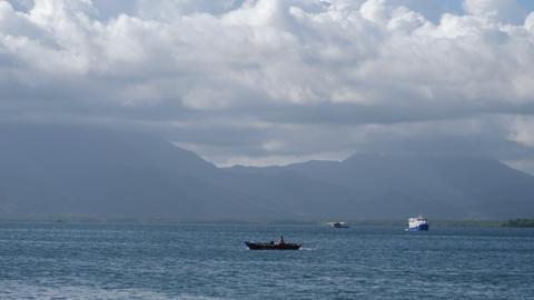 Baywalk vieuw over port with boats of Puerto Princesa Footage