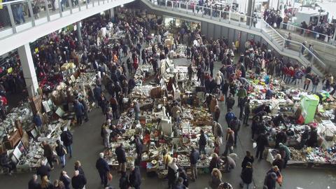 """Els Encants"" flea market in Barcelona ビデオ"