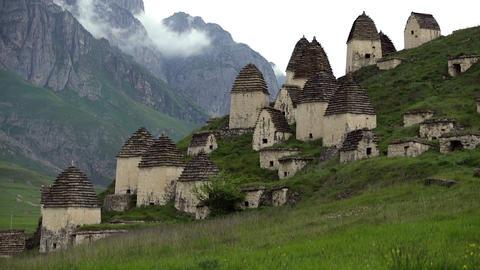 Dead town Dargavs in North Ossetia ビデオ