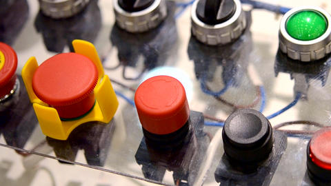 A person clicks pushing on the control panel buttons ライブ動画