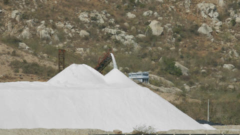 Distant View Conveyor Pours Extracted Salt to Heap Archivo