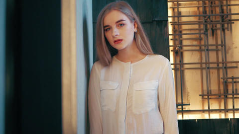 Summer lifestyle fashion portrait of young beautiful blonde stylish hipster Footage