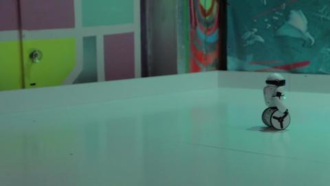 The Robot Wheels White Footage