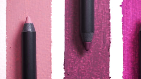 Close up of lip pencils are arranged in shades, beauty goods for woman, nature Filmmaterial