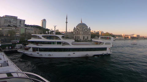 Istanbul on Ship Live Action