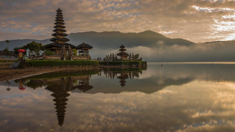 Sunrise Timelapse at Pura Ulun Danu Bratan Footage