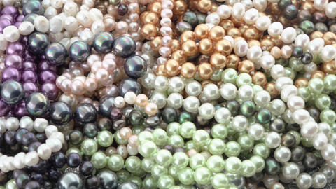 Pearl jewelry mix Live Action