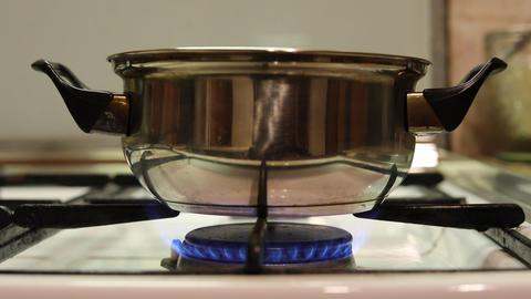 Gas fire stove ring casserole ライブ動画