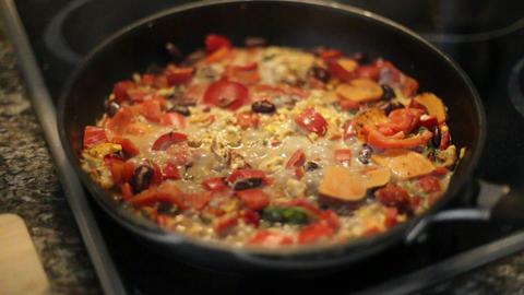 Pan frying vegetables cooking ライブ動画